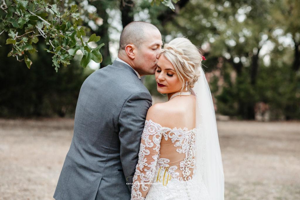 kindred oaks wedding