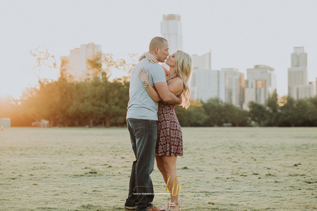 zilker park engagement sessions