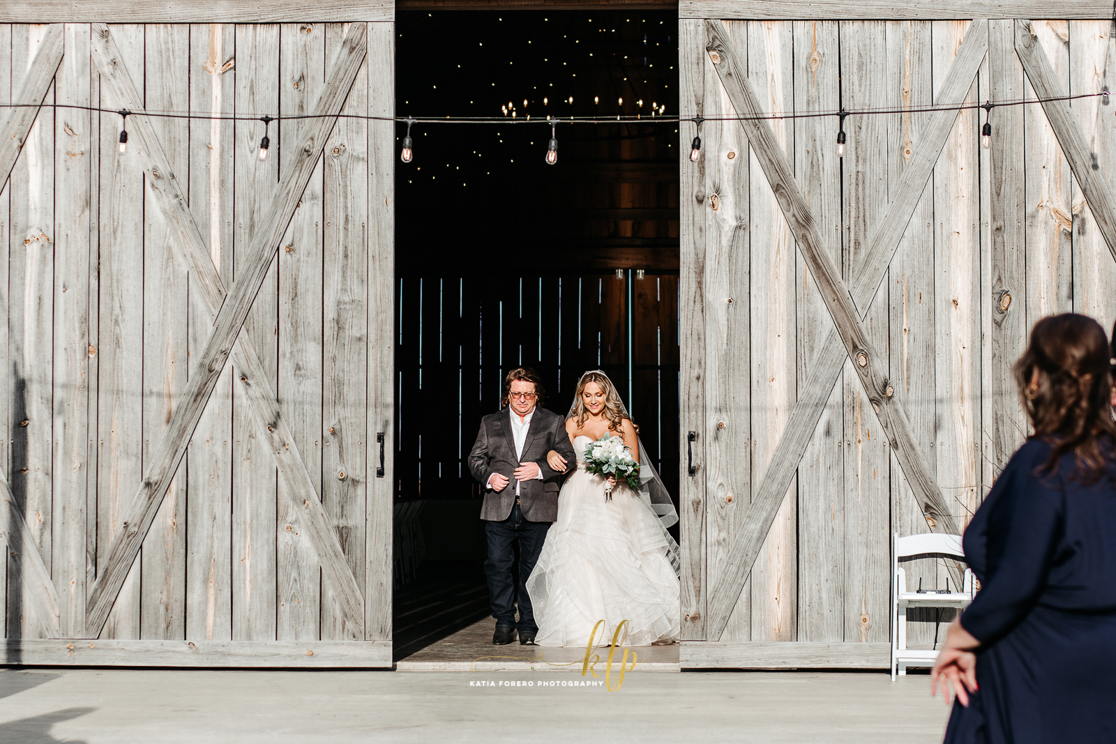 weddings at the barn at 5s ranch