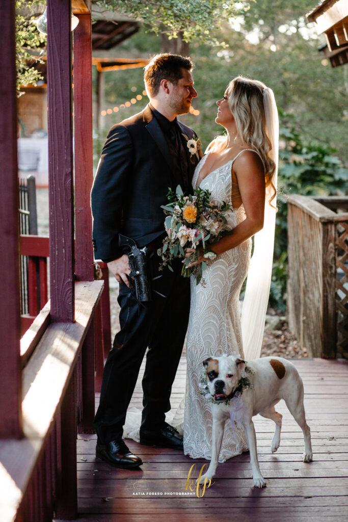 beautiful photo of wedding couple